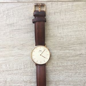 Daniel Wellington Brown Band Rose Gold Watch